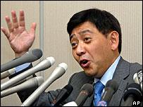Yoshiaki Murakami holds a media conference in Tokyo