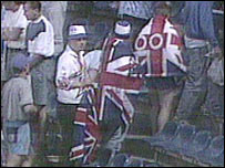 England fans with union flags in 1992