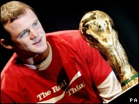 Wayne Rooney and the FIFA World Cup Trophy