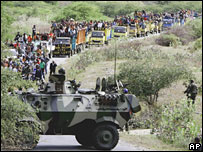 Convoy of East Timorese protesters heading for Dili