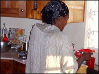 Ykena Orel in the kitchen (picture courtesy of the International Organisation of Migrants)