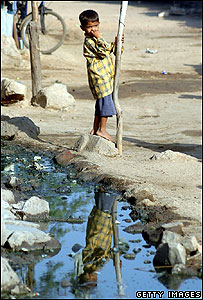 Young boy in Indian slum (Getty Images)