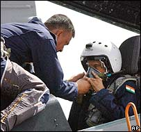 President APJ Kalam in the Sukhoi-30 jet