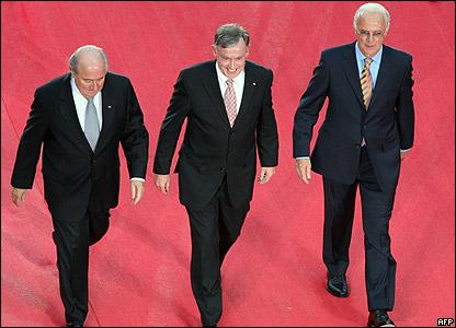 Blatter, Beckenbauer y el presidente alemán.