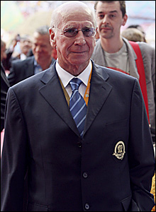 Sir Bobby Charlton on the pitch