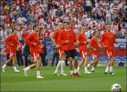 Poland warm-up before the match