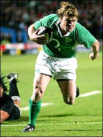 Brian O'Driscoll scores a try for Ireland in the first half