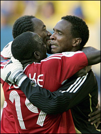 Shaka Hislop is congratulated by his Trinidad and Tobago team-mates