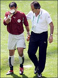 Villar (left) had a nightmare World Cup debut