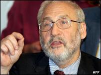 Joseph Stiglitz, premio Nobel de Economía en 2001