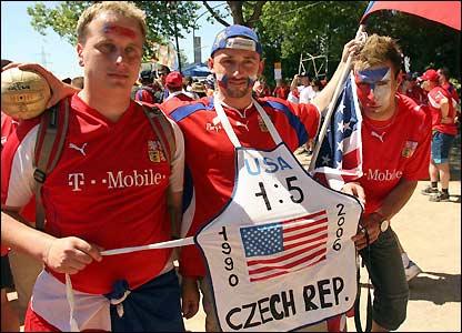 Czech fans arrive at the AufSchalke Arena