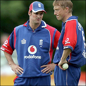 England captain Andrew Strauss offers some advice to bowler Glenn Chapple