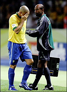 Brazil striker Ronaldo is substituted after a poor performance with 20 minutes remaining