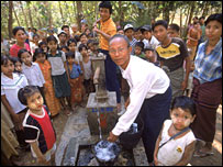Water sanitation project in Ayeyawady Division ( image by Penny Tweedie)