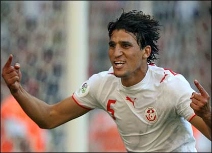 Ziad Jaziri scores for Tunisia