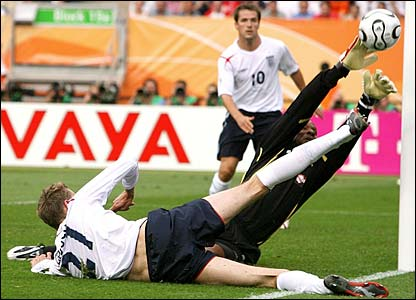 Peter Crouch sees his shot saved by Shaka Hislop