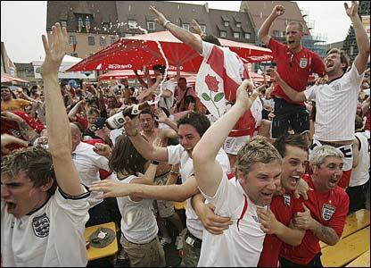 The fans watching in Nuremberg's Hauptmarket Square go wild