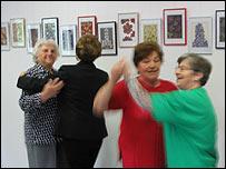 Slovene pensioners dancing