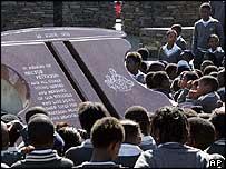 Monumento conmemorativo en Soweto.