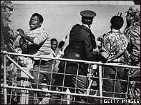 Foto de los disturbios de Soweto en 1976.