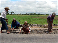Construction workers near Pyinmana