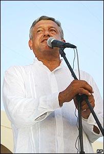 Andrés Manuel López Obrador, candidato del Partido de Revolución Democrática.