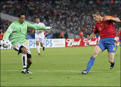 Torres scores Spain's second goal 
