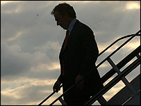 Tony Blair leaving plane