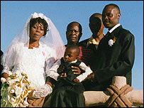 Solomon and Matildah Maimisa at their wedding