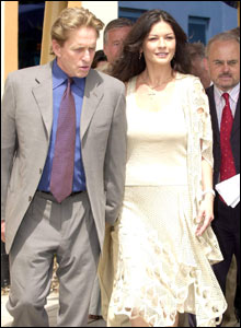 Michael Douglas and Catherine Zeta Jones tour the hospital