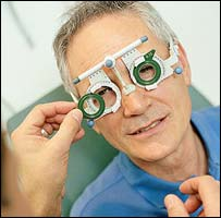 Man has his eyesight tested