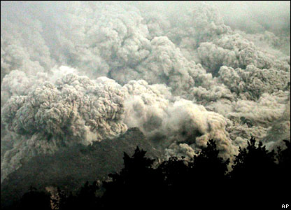 Hot gas and smoke billow over Mount Merapi
