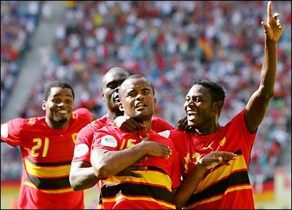 Angola celebrate Amado Flavio's goal