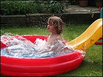 Justin's paddling pool