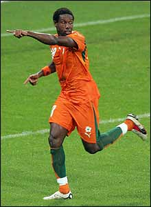 Abdulkader Keita celebrates the Ivory Coast fightback as Dindane scores