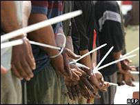 Prisioneros iraquíes.