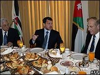 Mahmoud Abbas, King Abdullah and Ehud Olmert at the breakfast meeting