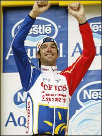 Millar celebrates a Tour time trial win in 2003