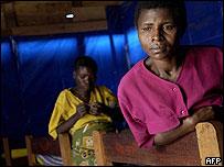 Mujer congolesa que, en 2004, fue violada por rebeldes ruandeses, quienes además mataron a dos de sus hijos en su presencia