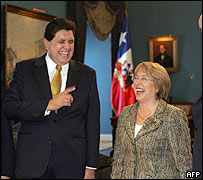 Alan García y Michelle Bachelet