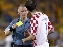 Referee Graham Poll in action in the Australia against Croatia game