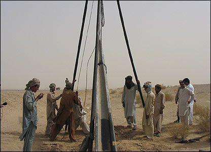 Electricity poles being erected in Balochistan