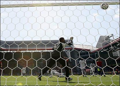 Gutierrez Juanito's header beats keeper Mabrouk Zaid