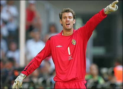 Sweden keeper Andreas Isaksson