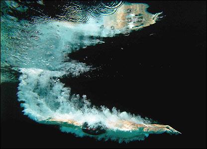 http://newsimg.bbc.co.uk/media/images/41808000/jpg/_41808700_swimming_getty416.jpg