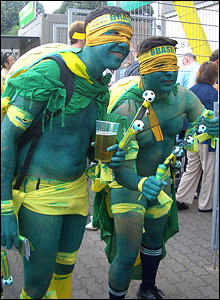 Brazilian fans dressed as 'Teenage Mutant Ninja Turtles'