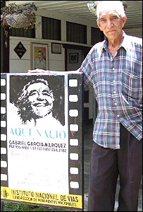 Primo de Garc�a M�rquez en Aracataca.  Foto: Hugo Carro.