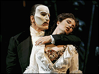 Anthony Crivello as The Phantom and Sierra Boggess as Christine Photo: Joan Marcus