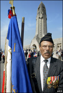 An Algerian veteran pictured in front of the new memorial to France's Muslim WWI dead.