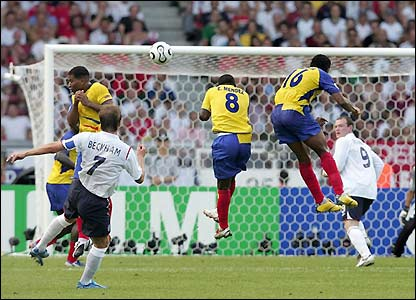 David Beckham forces Ecuador's wall into action